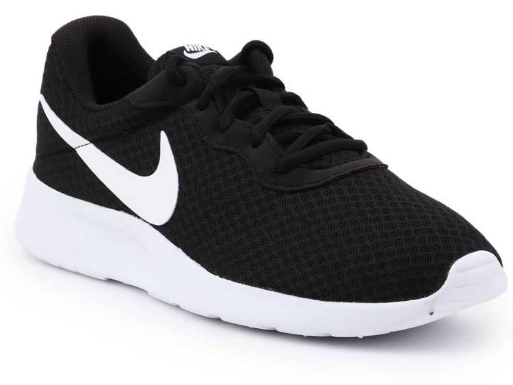 Lifestyle shoes  Nike Tanjun 812654-011