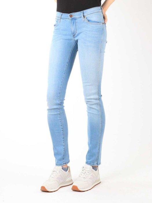 Jeans Wrangler Blue Trace W22TF729D